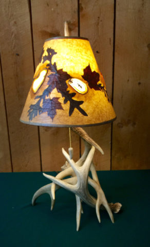 Whitetail Antler Table Lamp with Agate and real Foliage Lampshade
